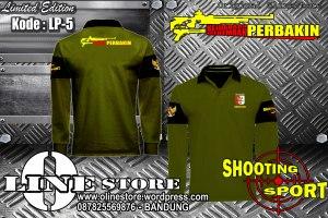 "LP-5 Polo Shirt Perbakin Kejuaraan Menembak ""LP-6"" {Ready Stock} Kode : ""LP-6"" Lengan Panjang Bahan : Lacoste Cotton Warna :Hijau Army Full Bordir Size M : 46 x 68cm - L : 49 x 72cm - XL : 51 x 75 - XXL : 56 x 76cm  Pemesanan : Tlp/SMS 0878 2556 9876 - BB Pin Baru : 23AEE618 atau pin lama : 32589160 Kami pun melayani pembuatan baju,kaos,polo shirt,jaket dan sebagainya dengan harga special.... kualitas kami nomor satukan Pembayaran Via BCA/BNI Barang Dikirim Via JNE atau Sesuai Permintaan Customer"